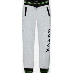 Mayoral - Spodnie dziecięce 128-172 cm. Szare spodnie chłopięce Mayoral, z nadrukiem, z bawełny. Za 99,90 zł.