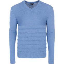 Swetry klasyczne męskie: Sweter w kolorze jasnoniebieskim