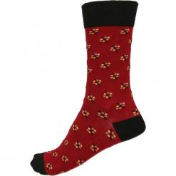 Skarpety unisex. Czerwone skarpetki męskie Gino Rossi, z bawełny. Za 19,90 zł.