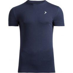 T-shirt męski TSM601 - granatowy - Outhorn. Niebieskie t-shirty męskie Outhorn, na lato, m, z bawełny. W wyprzedaży za 29,99 zł.