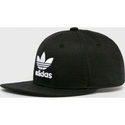 Adidas Originals - Czapka. Czarne czapki z daszkiem damskie adidas Originals, z bawełny. Za 99,90 zł.