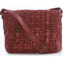 Torebki klasyczne damskie: Skórzana torebka w kolorze czerwonym – 27 x 23 x 11 cm