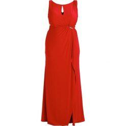 My Mascara Curves COLUMN MAXI DRESS / SIDE PLEAT Sukienka z dżerseju red. Czerwone długie sukienki marki Sisley, z krótkim rękawem. W wyprzedaży za 510,95 zł.