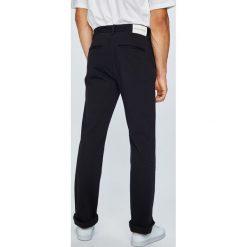 Calvin Klein Jeans - Spodnie. Niebieskie rurki męskie marki House, z jeansu. W wyprzedaży za 349,90 zł.
