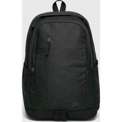 Nike Sportswear - Plecak. Różowe plecaki męskie marki Nike Sportswear, l, z nylonu, z okrągłym kołnierzem. Za 119,90 zł.