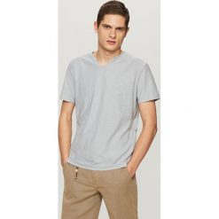 T-shirt - Jasny szar. Szare t-shirty męskie Reserved, l. Za 59,99 zł.