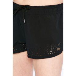 Roxy - Szorty. Białe szorty damskie marki Roxy, l, z nadrukiem, z materiału. W wyprzedaży za 129,90 zł.