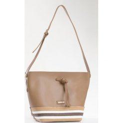 Monnari - Torebka. Szare torebki klasyczne damskie Monnari, z materiału, duże. W wyprzedaży za 129,90 zł.
