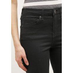 Boyfriendy damskie: Topshop Petite JAMIE Jeans Skinny Fit black