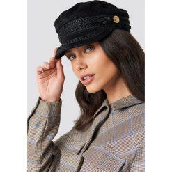 WOS Czapka Vega - Black. Czarne czapki z daszkiem damskie marki WOS, ze sztruksu. Za 202,95 zł.