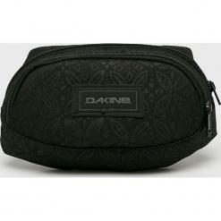 Dakine - Nerka. Czarne walizki Dakine, w paski, z materiału. Za 99,90 zł.