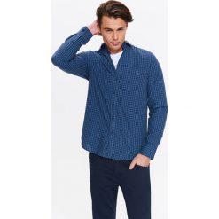 KOSZULA MĘSKA REGULARNA W DROBNĄ KRATKĘ Z KOŁNIERZEM TYPU KENT. Niebieskie koszule męskie w kratę marki bonprix, m, z klasycznym kołnierzykiem, z długim rękawem. Za 44,99 zł.