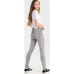 Boyfriendy damskie: Levi's® Line 8 L8 HIGH SKINNY Jeans Skinny Fit l8 wyatt