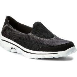 Buty SKECHERS - Go Walk 2 13590/BKW Black/White. Niebieskie buty do fitnessu damskie marki Skechers. W wyprzedaży za 199,00 zł.