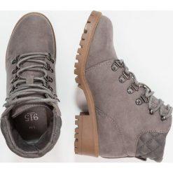 New Look 915 Generation COURT Botki sznurowane mid grey. Szare buty zimowe damskie New Look 915 Generation, z materiału, na sznurówki. Za 149,00 zł.