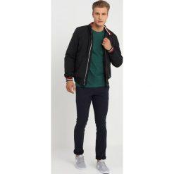Tommy Jeans ESSENTIAL PADDED Kurtka przejściowa black. Niebieskie kurtki męskie jeansowe marki Reserved, l. Za 629,00 zł.