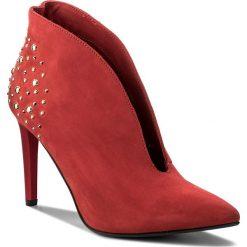 Szpilki CARINII - B4452  L87-000-000-A49. Czerwone botki damskie skórzane Carinii, eleganckie, na obcasie. W wyprzedaży za 269,00 zł.