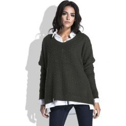 Oliwkowy Luźny Sweter z Dekoltem V. Zielone swetry klasyczne damskie marki Molly.pl, l, z dzianiny, dekolt w kształcie v. Za 118,90 zł.