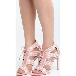 Różowe Sandały Ladies First. Czerwone sandały damskie marki Born2be, z materiału, na wysokim obcasie, na obcasie. Za 89,99 zł.