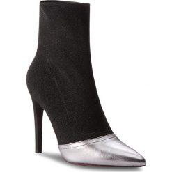 Botki CARINII - B4447 L91-000-000-A49. Różowe buty zimowe damskie marki Carinii, z materiału, z okrągłym noskiem, na obcasie. W wyprzedaży za 279,00 zł.