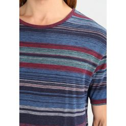 T-shirty męskie z nadrukiem: RVLT Tshirt z nadrukiem multi