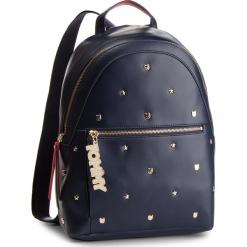 Plecak TOMMY HILFIGER - Mascot Backpack Stud AW0AW05810 902. Niebieskie plecaki męskie TOMMY HILFIGER, ze skóry ekologicznej. Za 899,00 zł.