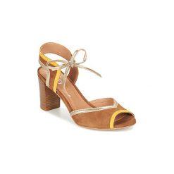 Sandały Betty London  GRADA. Brązowe sandały damskie marki Betty London. Za 295,20 zł.