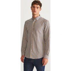 Koszula w kratkę regular fit - Brązowy. Brązowe koszule męskie w kratę marki Reserved, m, z bawełny. Za 99,99 zł.