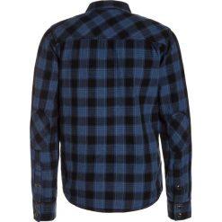 Kaporal NED Koszula worker. Niebieskie bluzki dziewczęce bawełniane Kaporal. W wyprzedaży za 137,40 zł.