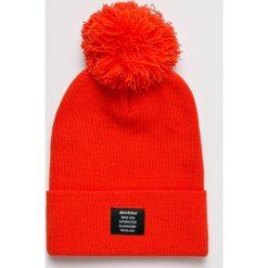 Dickies - Czapka. Czerwone czapki zimowe męskie Dickies, z dzianiny. W wyprzedaży za 59,90 zł.