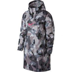 Kurtka Nike Wmns NSW Swoosh Jacket Camo (932053-010). Czarne kurtki damskie marki Alpha Industries, z materiału. Za 209,99 zł.
