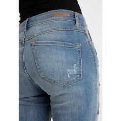 B.young KATO LUXE Jeansy Slim Fit blue denim. Niebieskie jeansy damskie relaxed fit b.young, z bawełny. Za 299,00 zł.