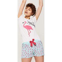 Piżamy damskie: Dwuczęściowa piżama z flamingiem – Wielobarwn