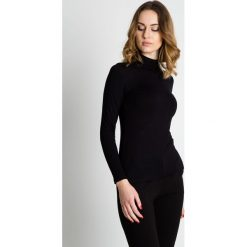 Bluzki asymetryczne: Czarna bluzka z golfem i długim rękawem BIALCON