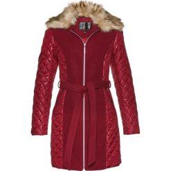 Płaszcze damskie: Krótki płaszcz z kołnierzem ze sztucznego futerka bonprix czerwony kasztanowy