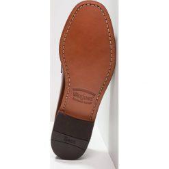 G. H. Bass & Co. WEEJUN LAYTON MOC KILTIE Eleganckie buty mid brown. Brązowe buty wizytowe męskie G. H. Bass & Co., z materiału. Za 759,00 zł.