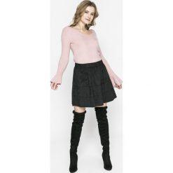 Review - Sweter. Szare swetry klasyczne damskie Review, l, z dzianiny, z okrągłym kołnierzem. Za 149,90 zł.