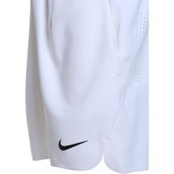 Nike Performance BOYS ACE SHORT Krótkie spodenki sportowe white/black. Białe spodenki chłopięce Nike Performance, z materiału, sportowe. Za 159,00 zł.