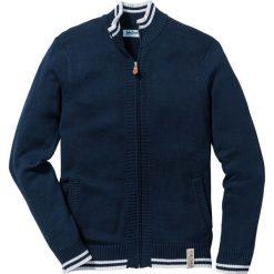 Sweter rozpinany Regular Fit bonprix ciemnoniebieski. Niebieskie kardigany męskie marki bonprix, m, w paski, z kontrastowym kołnierzykiem. Za 89,99 zł.