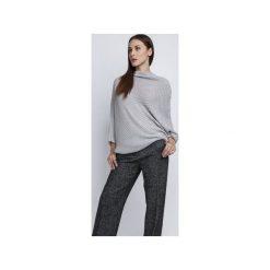 Sweter oversize, SWE049 szary MKM. Zielone swetry oversize damskie marki Soleil, na co dzień, xs, z dekoltem w łódkę, dopasowane. Za 98,00 zł.