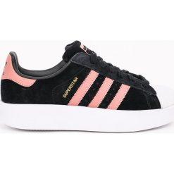 Adidas Originals - Buty SUPERSTAR BOLD. Szare buty sportowe damskie marki adidas Originals, z gumy. W wyprzedaży za 359,90 zł.