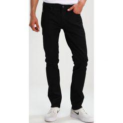 Element Jeansy Slim Fit black rinse. Czarne jeansy męskie relaxed fit marki Element. W wyprzedaży za 247,20 zł.
