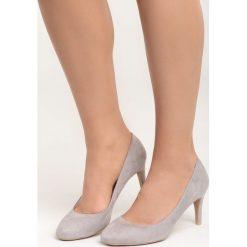Szare Czółenka This is You. Szare buty ślubne damskie Born2be, z okrągłym noskiem, na szpilce. Za 69,99 zł.