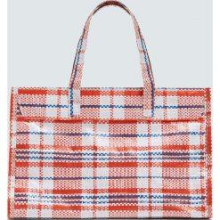 Mała torebka shopper w kratkę. Szare shopper bag damskie Pull&Bear, w kratkę, małe. Za 59,90 zł.
