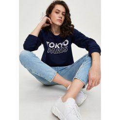 Bluzy rozpinane damskie: Bluza z napisami - Granatowy