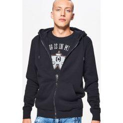 Zapinana bluza BASIC z kapturem - Czarny. Czarne bluzy męskie rozpinane marki Cropp, l, z kapturem. Za 89,99 zł.