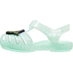 Crocs ISABELLA NOVELTY Sandały kąpielowe mint. Zielone sandały chłopięce marki Crocs, z gumy. Za 149,00 zł.