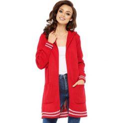 Sweter kardigan z kapturem ls210. Czerwone swetry oversize damskie Lemoniade. W wyprzedaży za 119,00 zł.