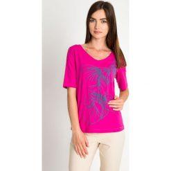 Bluzki damskie: Różowa bluzka z wypukłym wzorem QUIOSQUE
