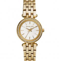 """Zegarek kwarcowy """"Darci"""" w kolorze złotym. Żółte, analogowe zegarki damskie marki Michael Kors, ze stali. W wyprzedaży za 454,95 zł."""